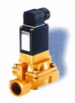 Burkert Type 5282 2/2-Way Servo-Assisted Solenoid Valve, NPT 1/2, 120V/60Hz, N.C.